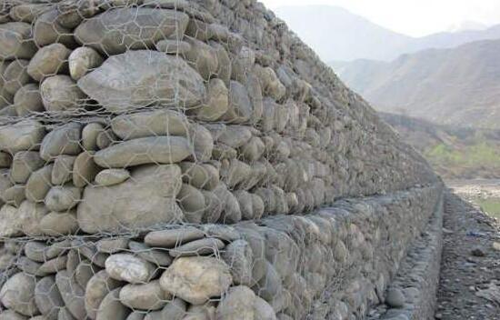 石笼网的原材料是什么呢?